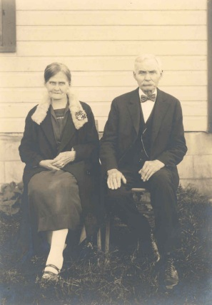 Per Peterson med hustrun Lina. - Per Peterson and his wife Lina in Cadillac, Mich. USA.